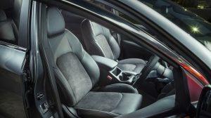 r-qashqai-midnight-leather-seats.jpg.ximg.l_3_m.smart